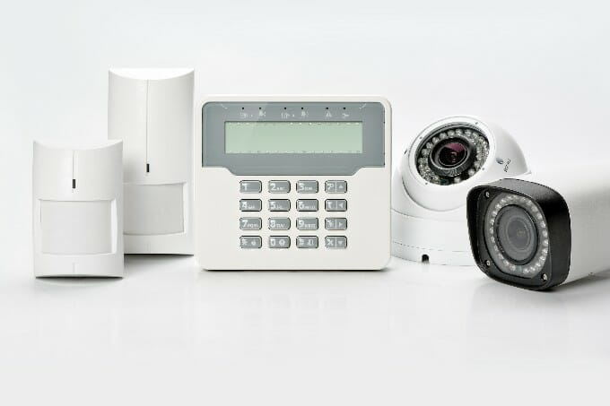 the best smart home security systems of 2017. Black Bedroom Furniture Sets. Home Design Ideas
