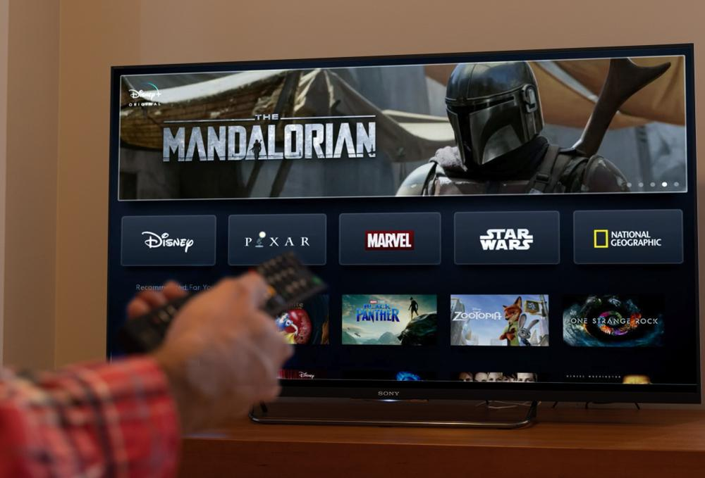 How to watch The Mandalorian online